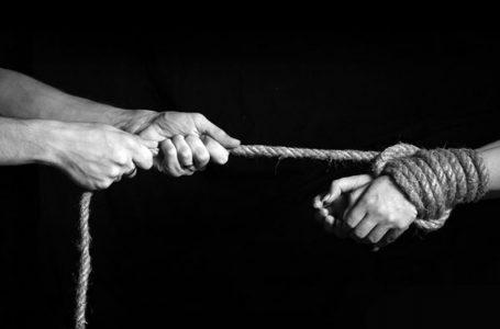 [:ru]Около 60 тыс. граждан КР подвергаются риску стать жертвами торговли людьми[:]