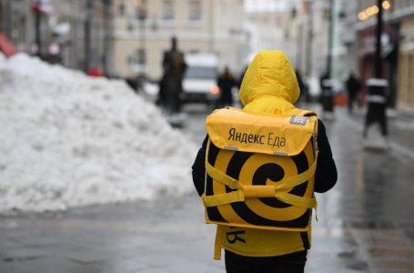 До трети строителей-мигрантов в РФ перешли на работу курьерами
